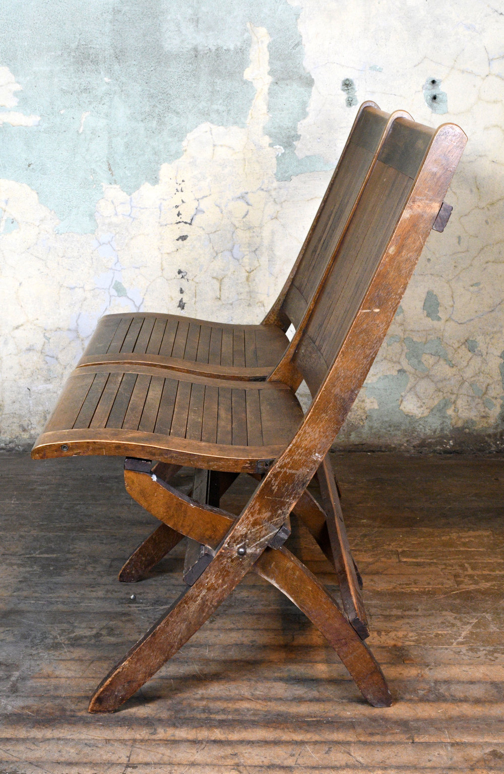 47681-B-wood-slat-folding-chair-double-profile-view.jpg