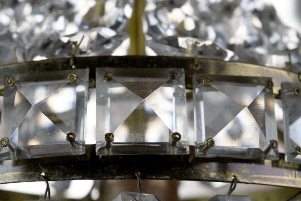 47668-small-crystal-pendant-1.jpg