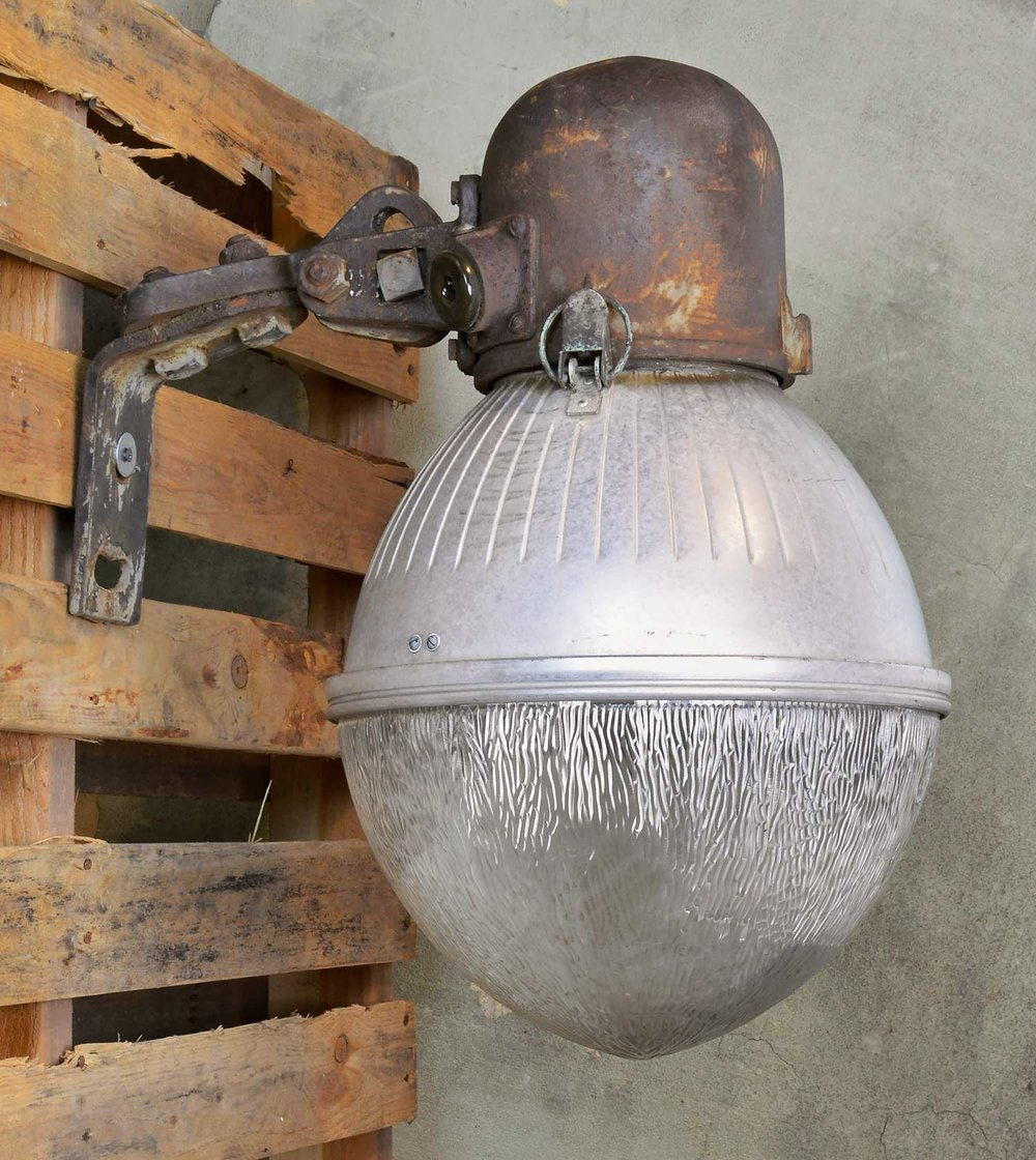 46286-ge-industrial-sconce-side.jpg