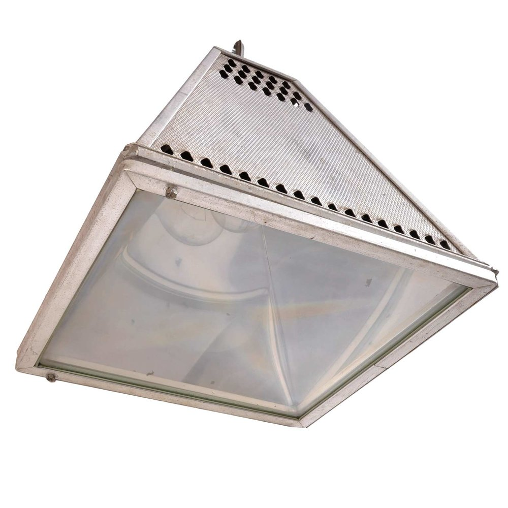 45937-pyramid-industrial-fixture-bottom.jpg
