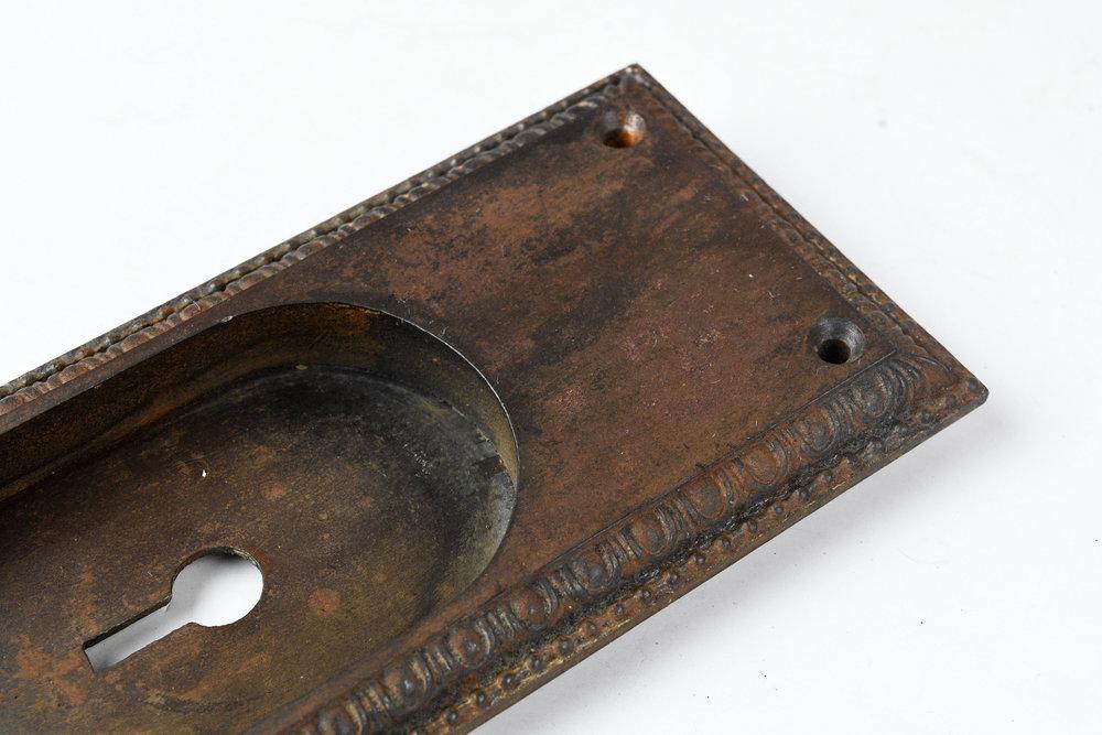 H20185-egg-and-dart-pocket-door-handle-large-6.jpg