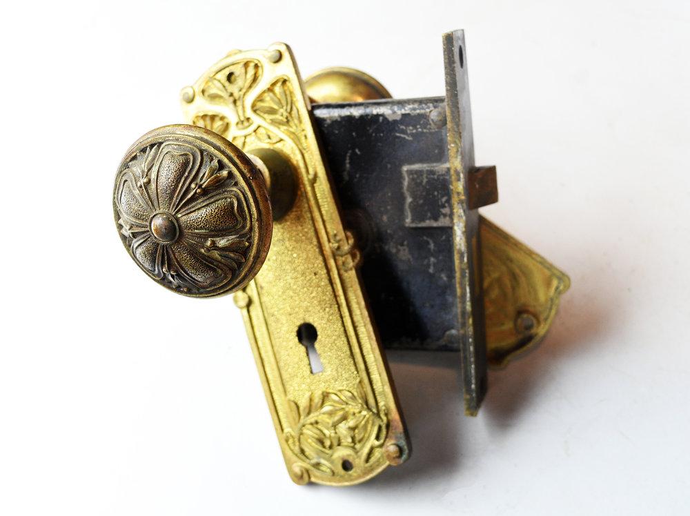 H20161-yale-and-towne-passage-locks-3.jpg