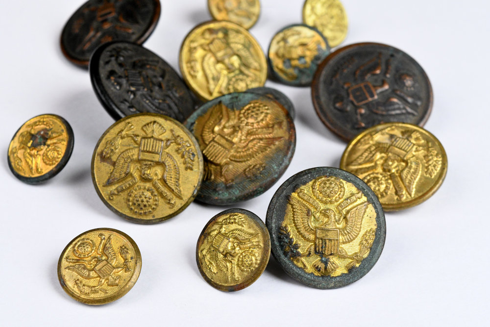 45161-brass-eagle-buttons-group.jpg
