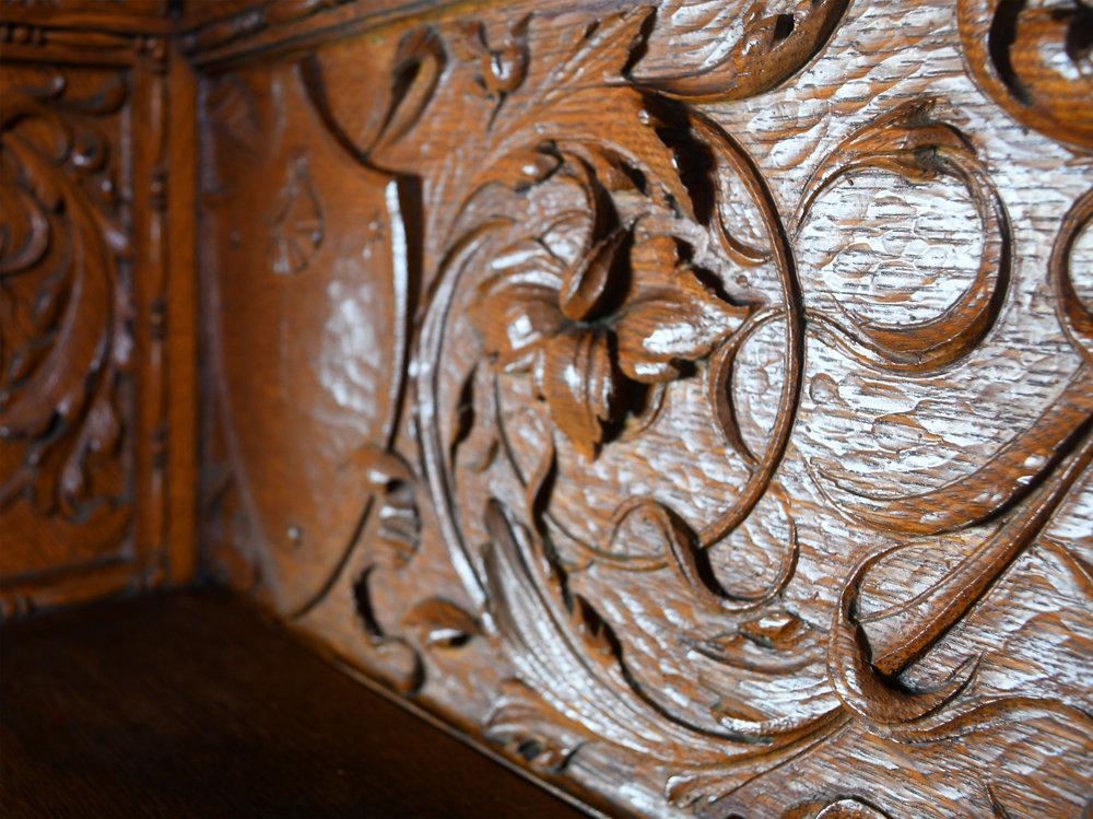 47713-massive-quarter-sawn-oak-victorian-mantle-20.jpg