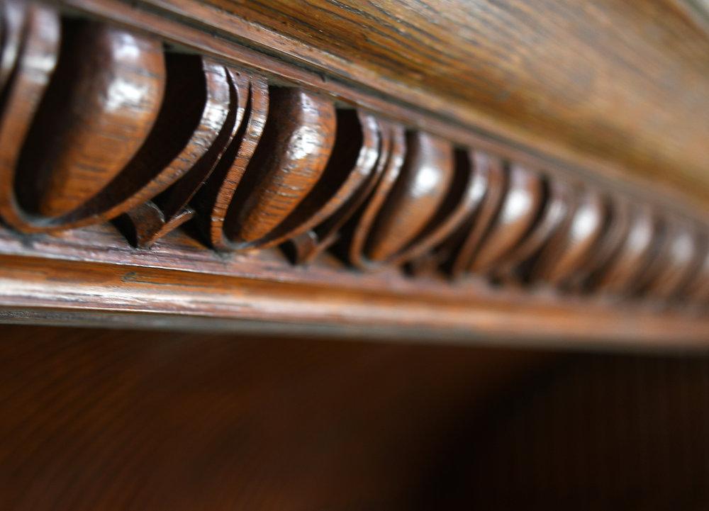 47713-massive-quarter-sawn-oak-victorian-mantle-25.jpg