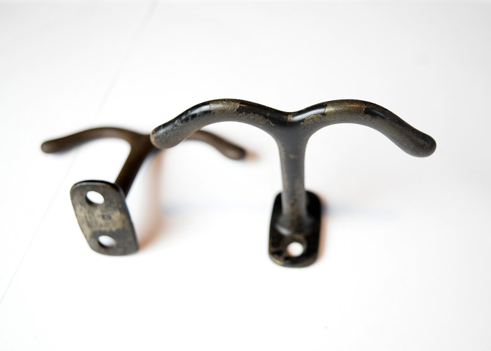 H20207-iron-two-arm-ceiling-hook-5.jpg
