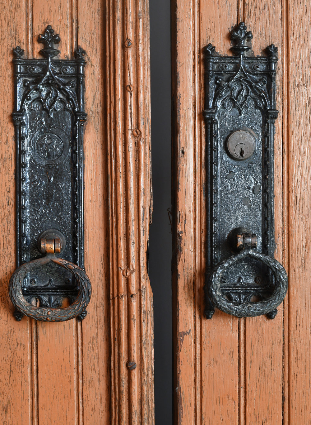 47742-double-doors-with-strap-hinges-hardware-detail.jpg