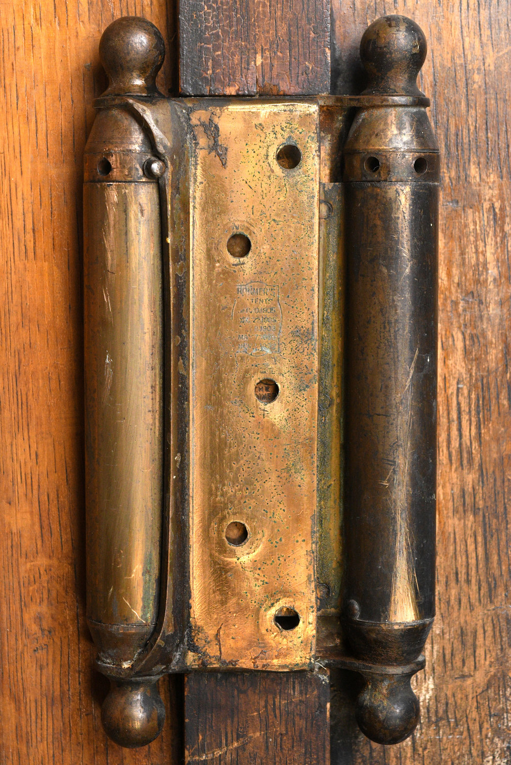 47716-tall-gothic-double-door-spring-hinge.jpg
