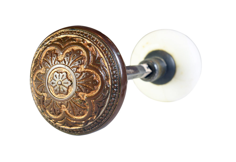 H20192-porcelain-eastlake-knob-set-with-rosetters-and-key-hole-cover-8.jpg
