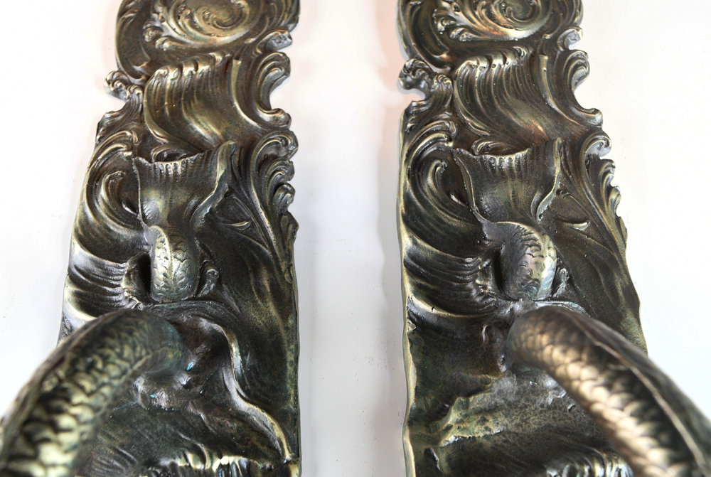 H20157-gates-mansion-bronze-pulls-re-cast-8.jpg