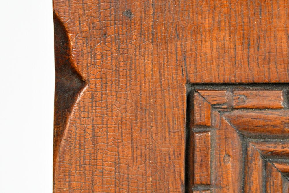 47717-victorian-carved-oak-newel-post-15.jpg