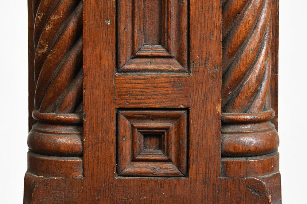 47717-victorian-carved-oak-newel-post-18.jpg