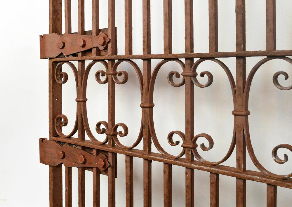 47805-iron-gate-11.jpg
