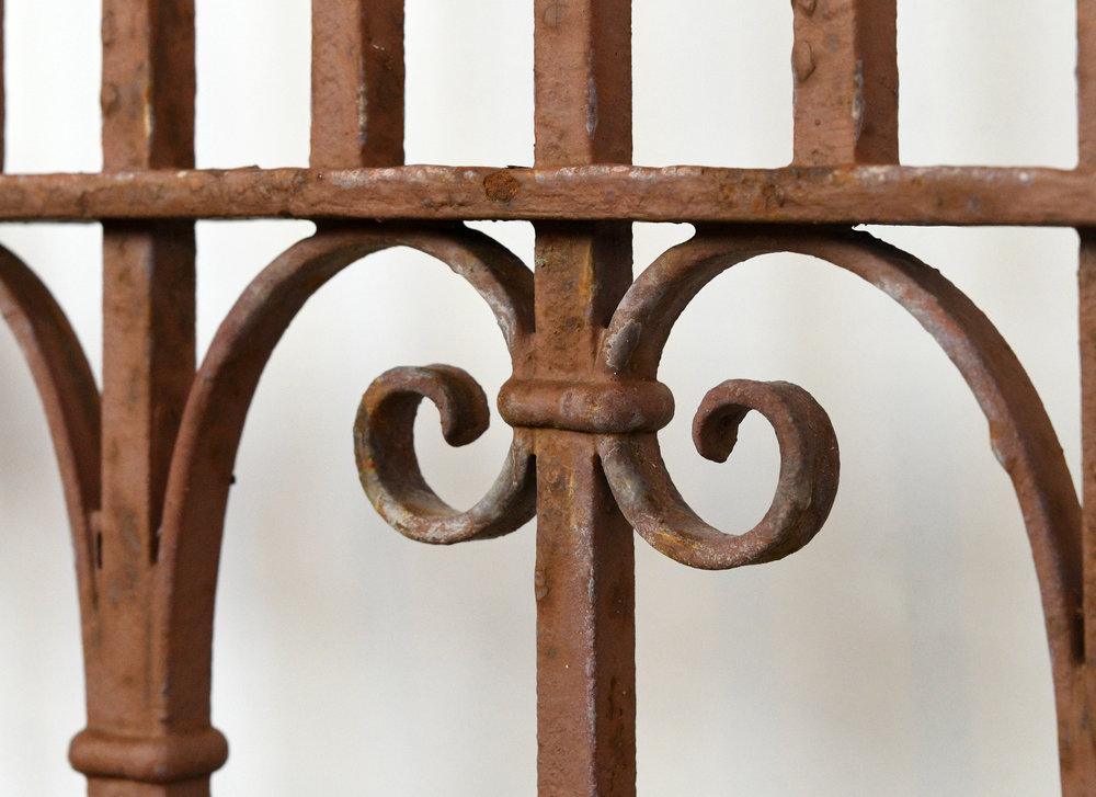 47805-iron-gate-12.jpg