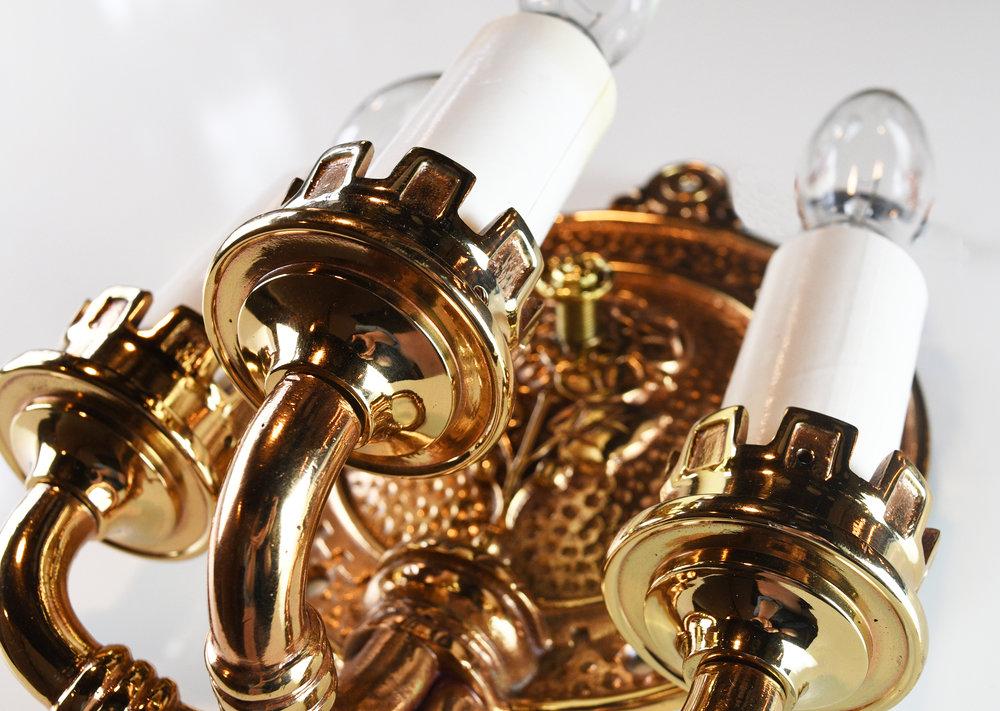 47808-polished-bronze-tudor-sconce-8.jpg