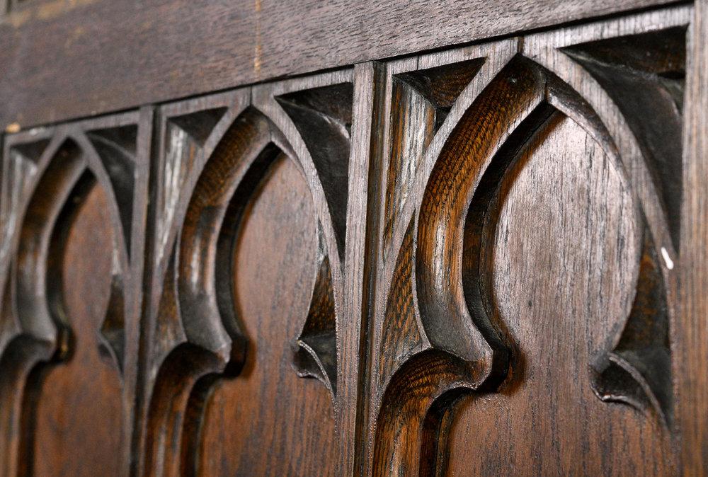 47845-gothic-oak-arched-double-door-detail.jpg