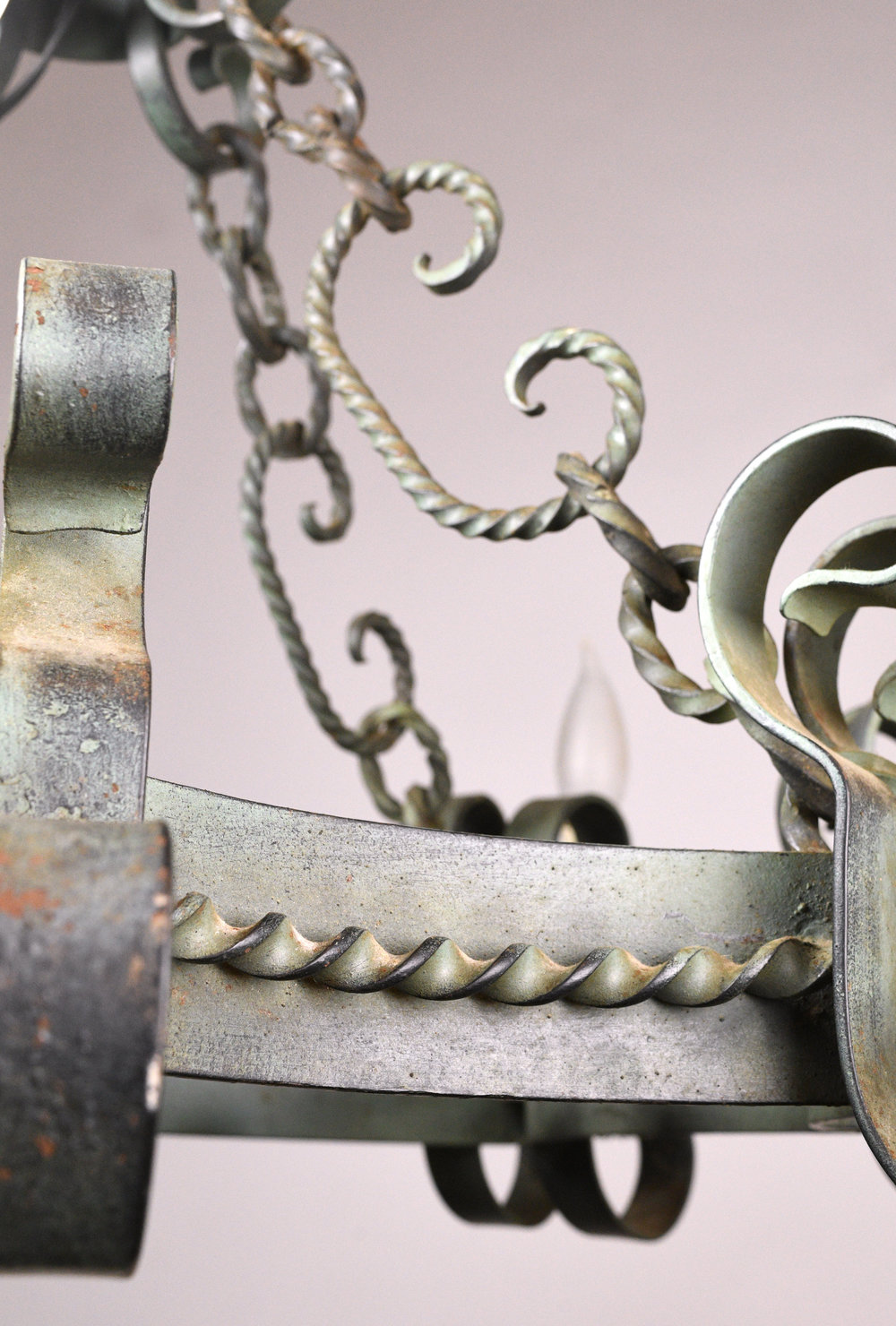 47870-italianate-chandelier-ring-detail.jpg