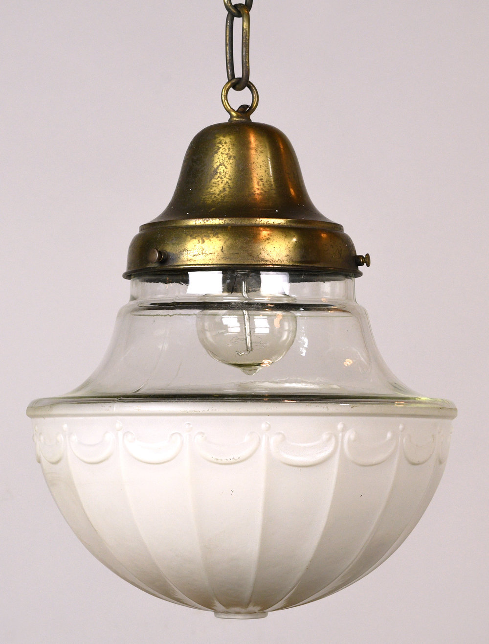 47843-brass-pendant-with-shade-closer-up.jpg