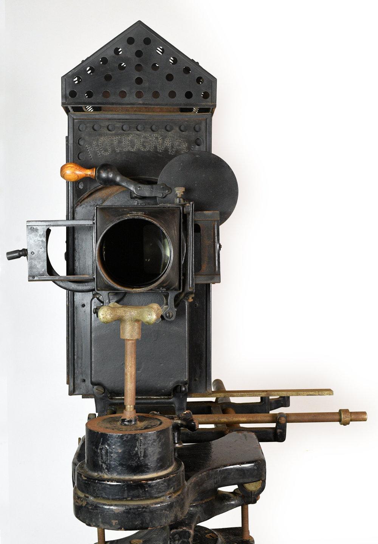 47904-motiograph-projector-lens.jpg