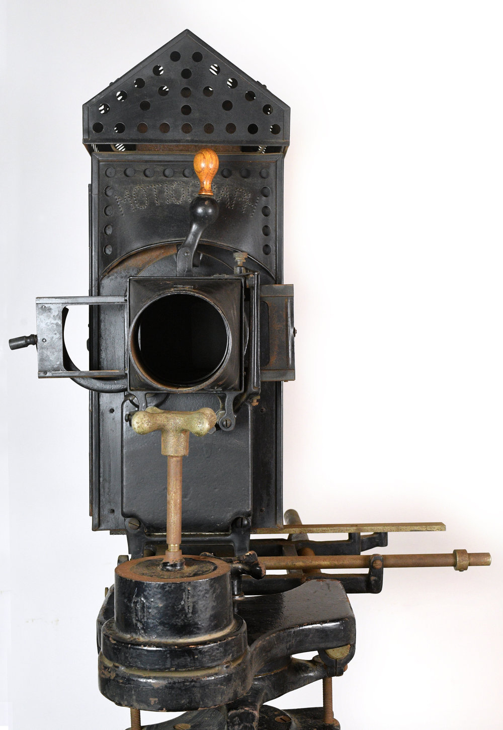 47904-motiograph-projector-lens-2.jpg