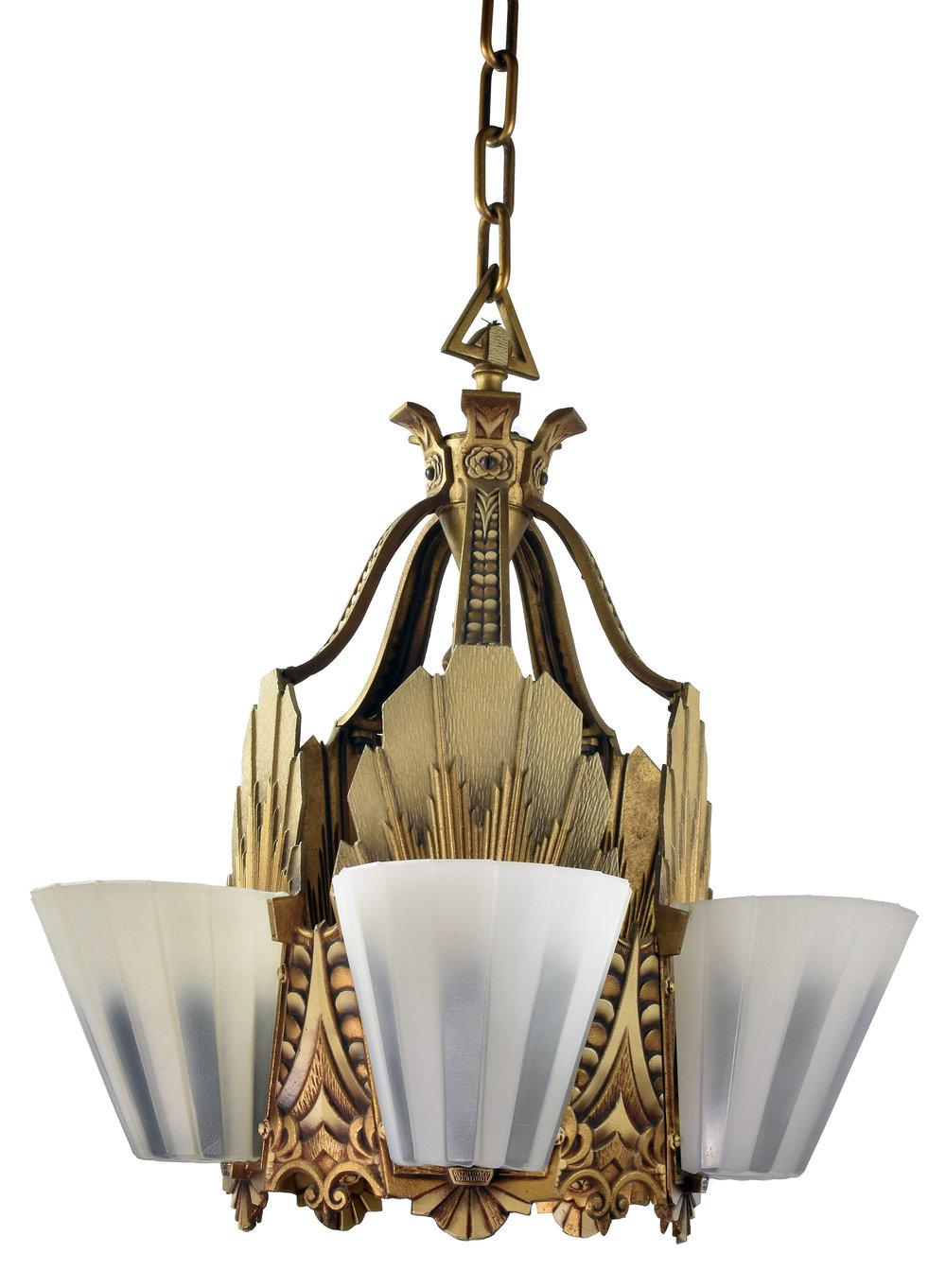 48023 Williamson chandelier 1.jpg
