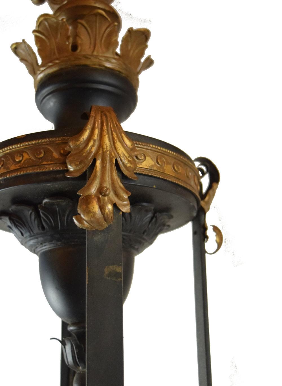 48049 18 light theatre light detail 2.jpg