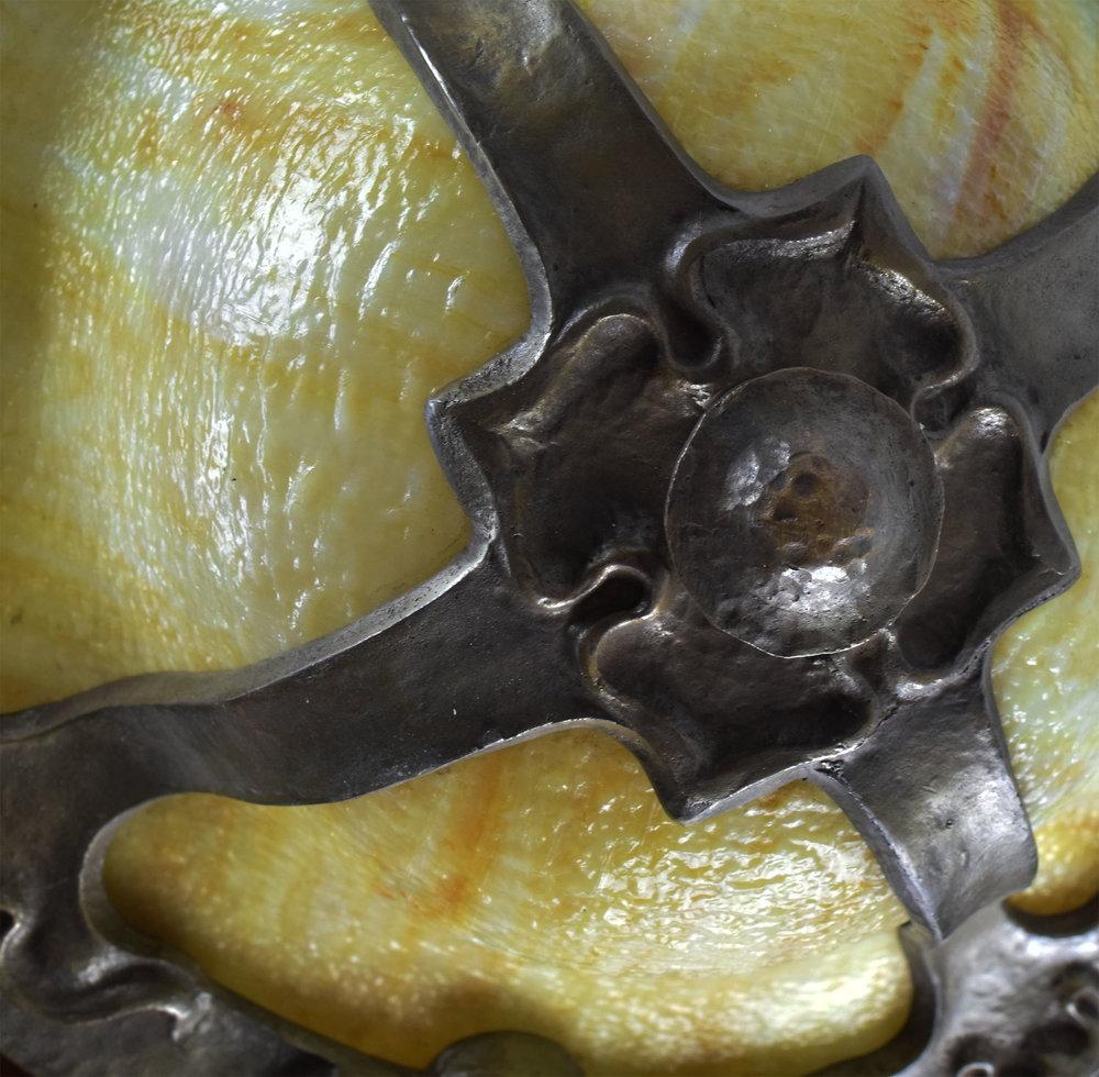 48071 hammered bent glass detail 1.jpg
