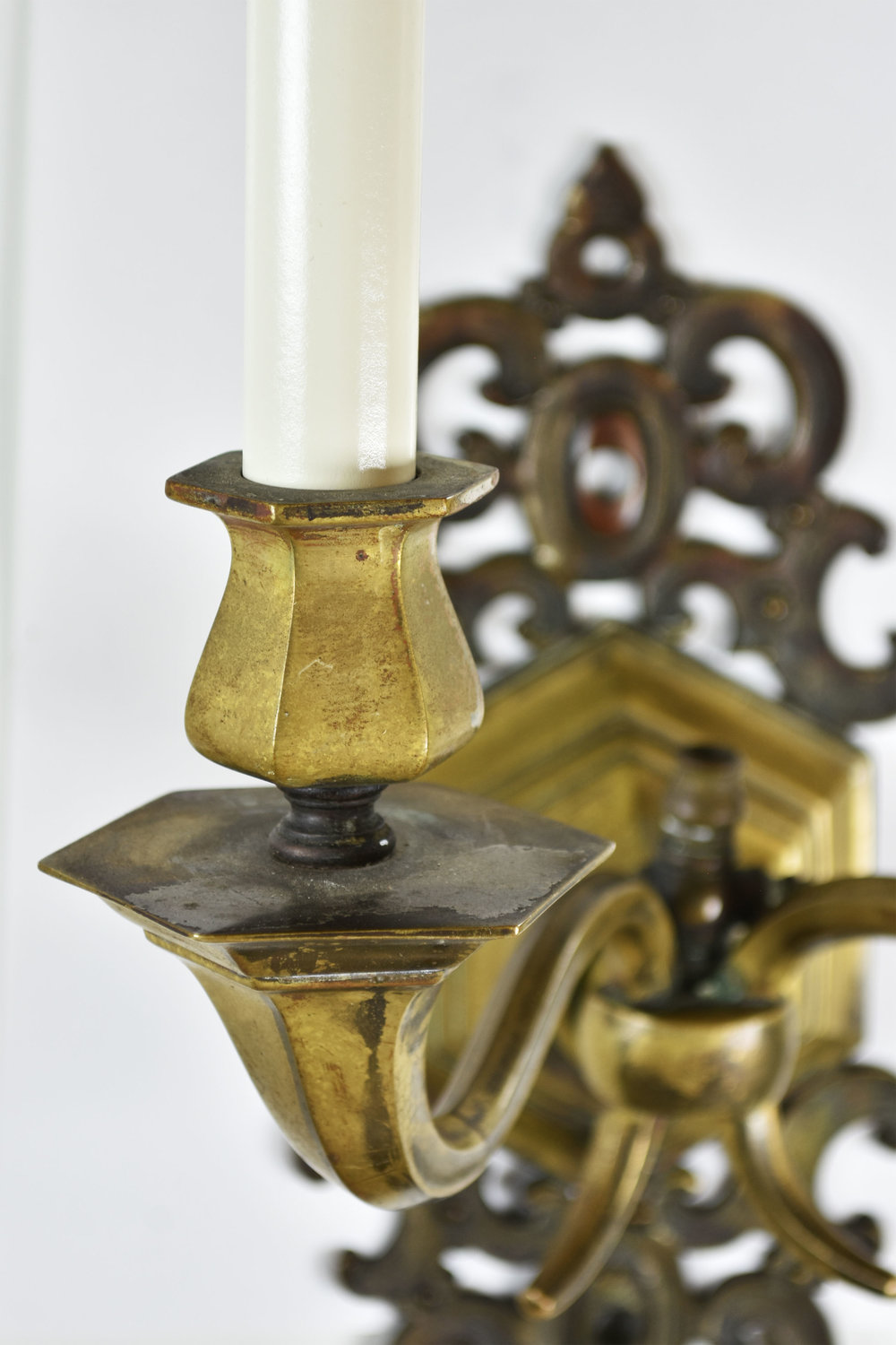 48080 two arm brass candle holder detail.jpg
