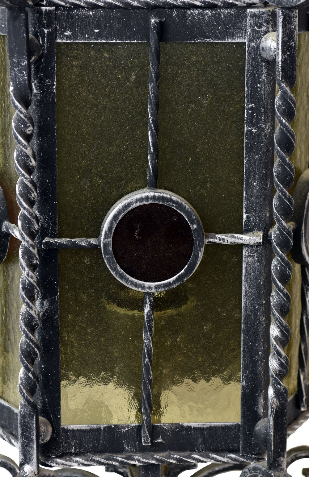 48053-Italianite-iron-sconce-front-closeup.jpg