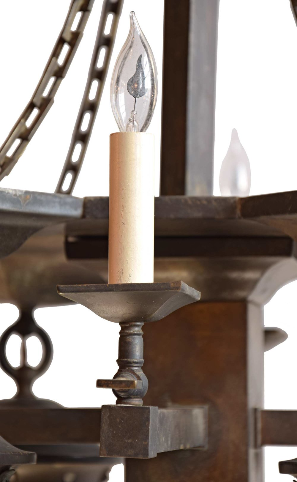 45884-gas-electric-mission-chandelier-candle-detail.jpg