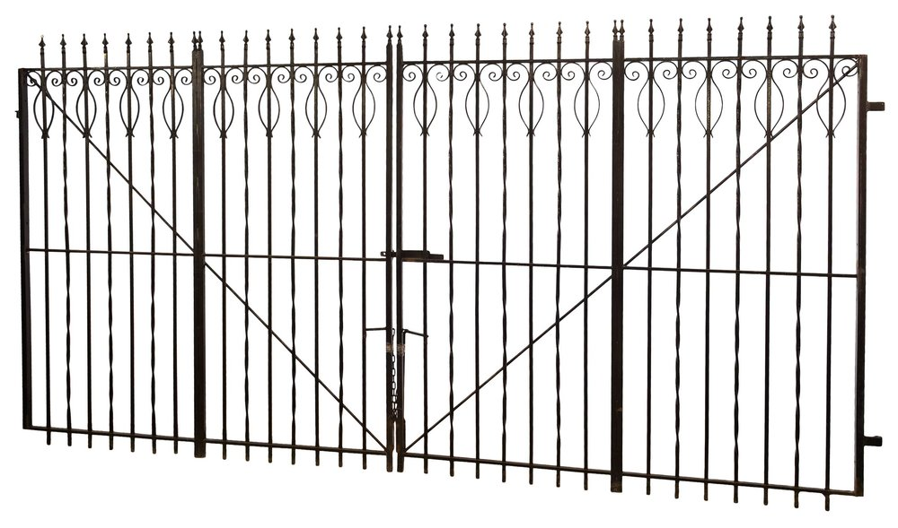 42878-iron-driveway-gate.jpg