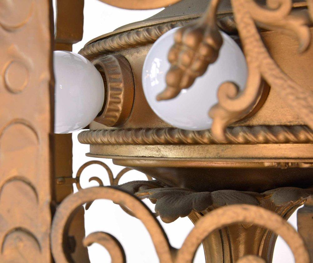 45971-ornate-iron-theatre-light-detail2.jpg