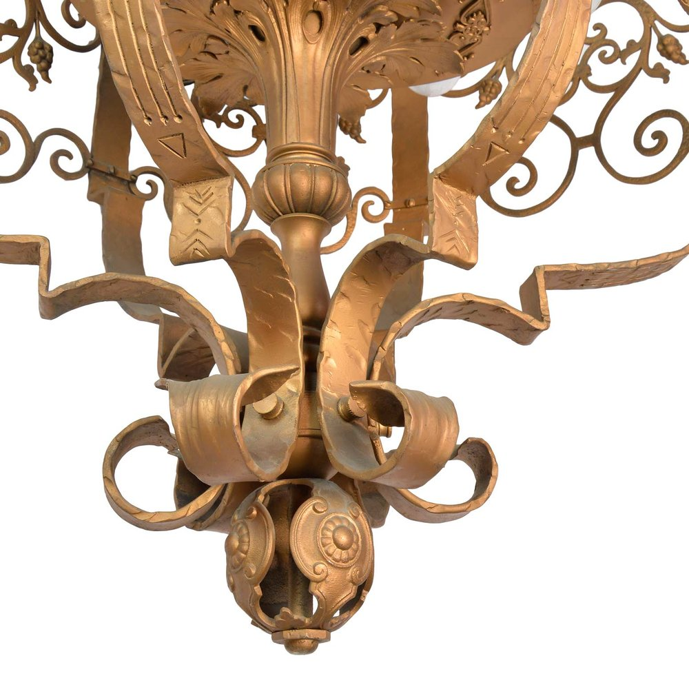 45971-ornate-iron-theatre-light-bottom.jpg