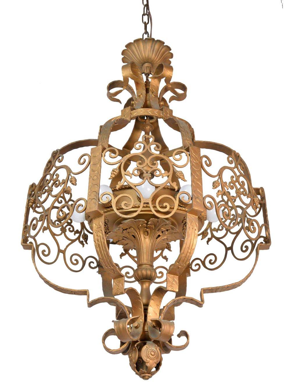 45971-ornate-iron-theatre-light-angle.jpg