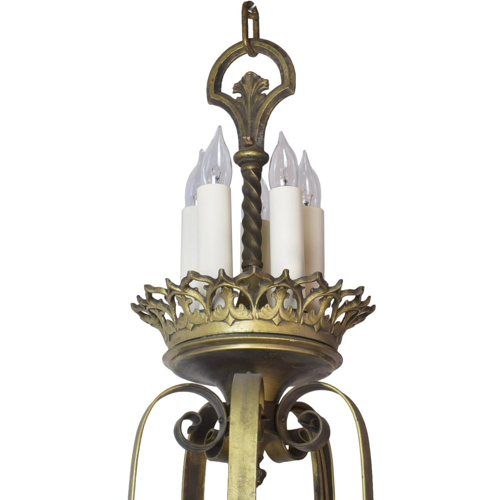 45947-gothic-20-candle-chandelier-top.jpg