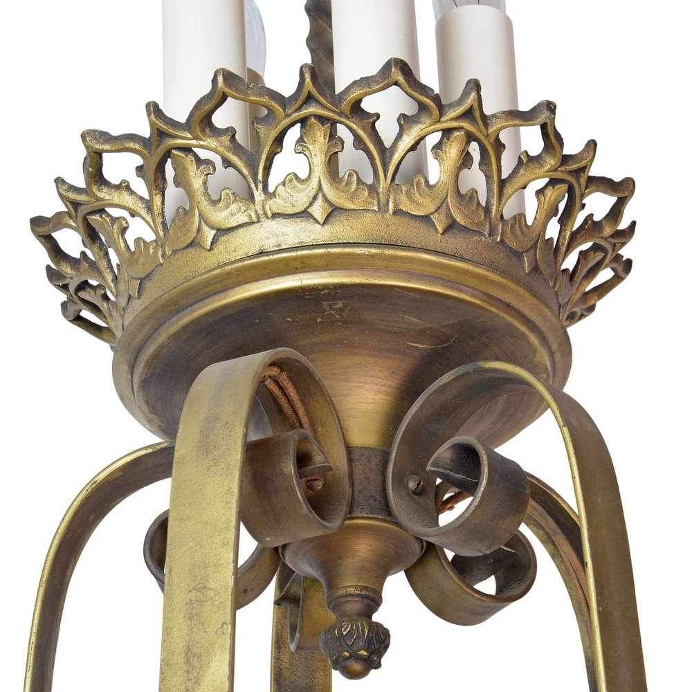 45947-gothic-20-candle-chandelier-detail.jpg