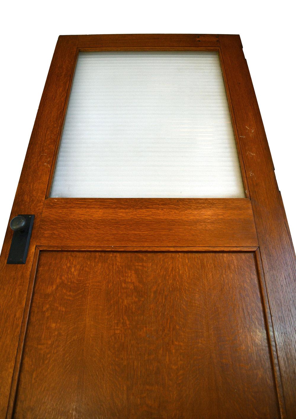 46160-quartersawn-half-view-door.jpg