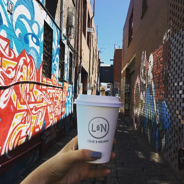 Needing a quick fix of what's important to get me through.. Just love our Cafes, Coffee and side streets in Prahran @loveandnourish ☕️🏋⛹🏻#loveandnourish #fitness #food #cleaneating #fitfood #sexyfood #cafe #fitnessmodels #summer #nutrition #healthy #organic #wholefood #melbournecoffee #prahran #graffiti