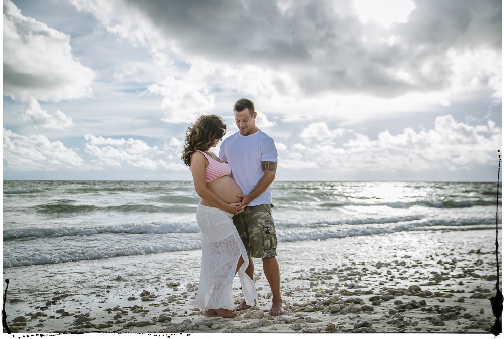 Honeymoon Island Maternity portraits-1.jpg