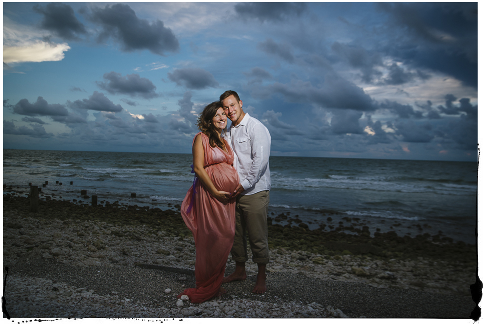 Honeymoon Island Maternity portraits-8.jpg