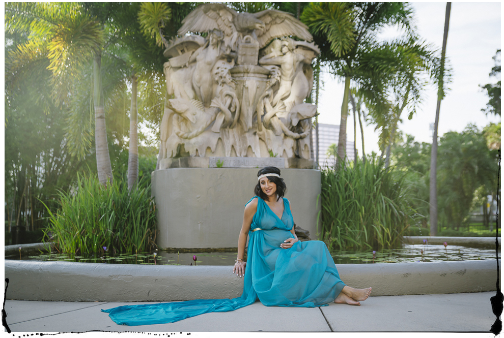 maternity blue gown at UT fountain.jpg