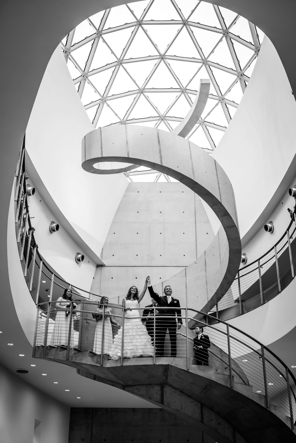 ashlee-hamon-photography-st-pete-salvador-dali-museum-wedding_0019.jpg