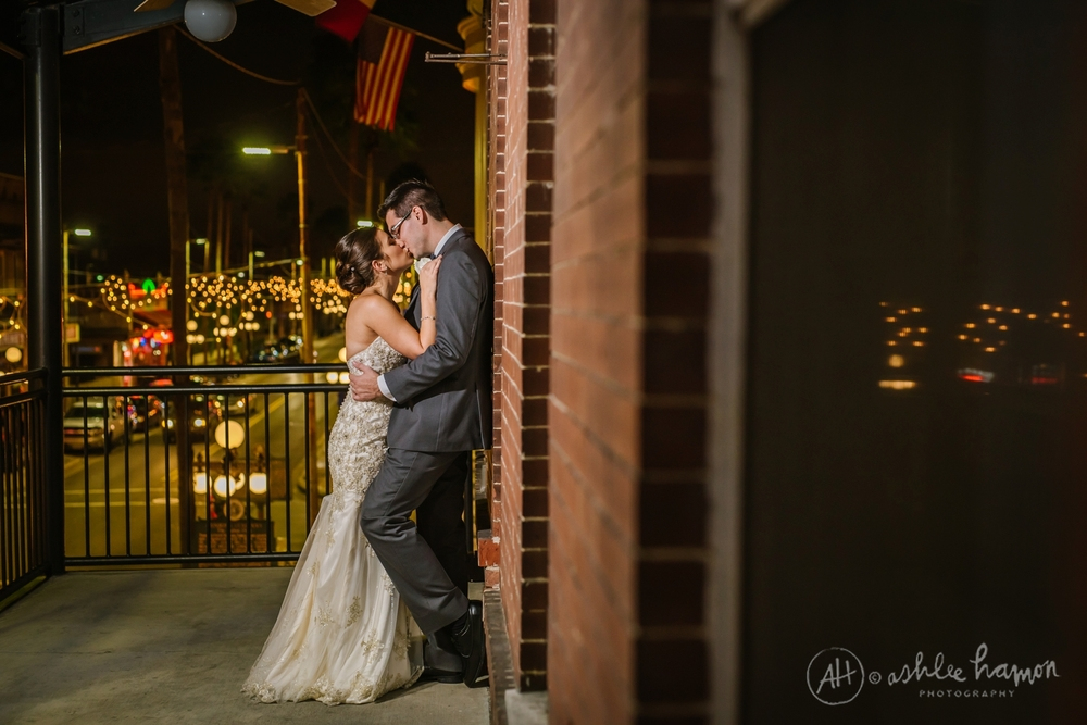 tampa-ybor-gardens-italian-club-elegant-wedding-photography_0022.jpg