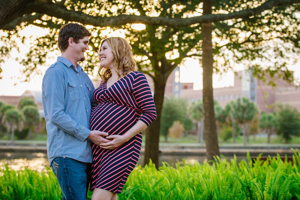 Kathleen and Casey won a session at the Are You Safe? silent Auction and decided to use it toward a maternity session!