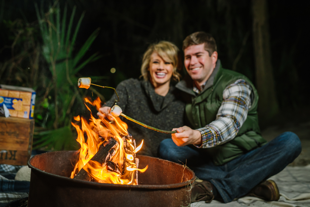 tampa-engagement-photographer-kelly-springs-rock-kiss-romantic-nature-adventure-love-candid-vibrant-green-smores-fire-campfire-camping-couple