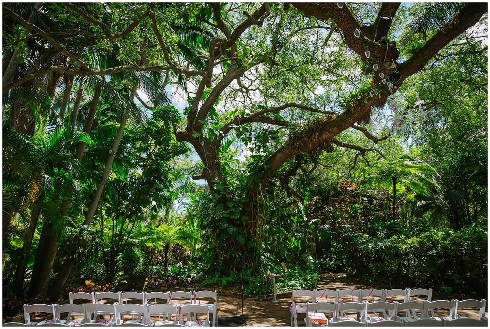 st-pete-wedding-photographer-flower-crown-sunken-gardens-post-card-inn_0020.jpg