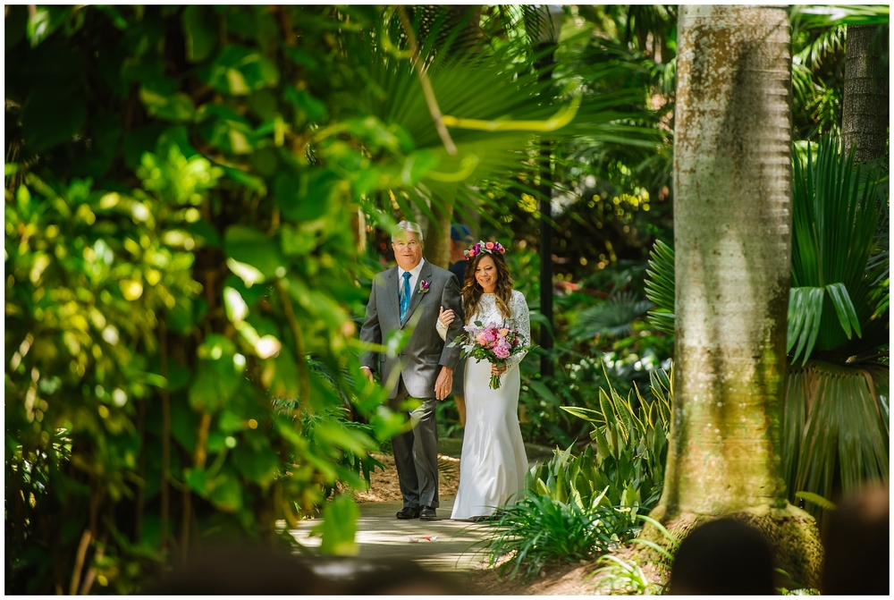 st-pete-wedding-photographer-flower-crown-sunken-gardens-post-card-inn_0029.jpg