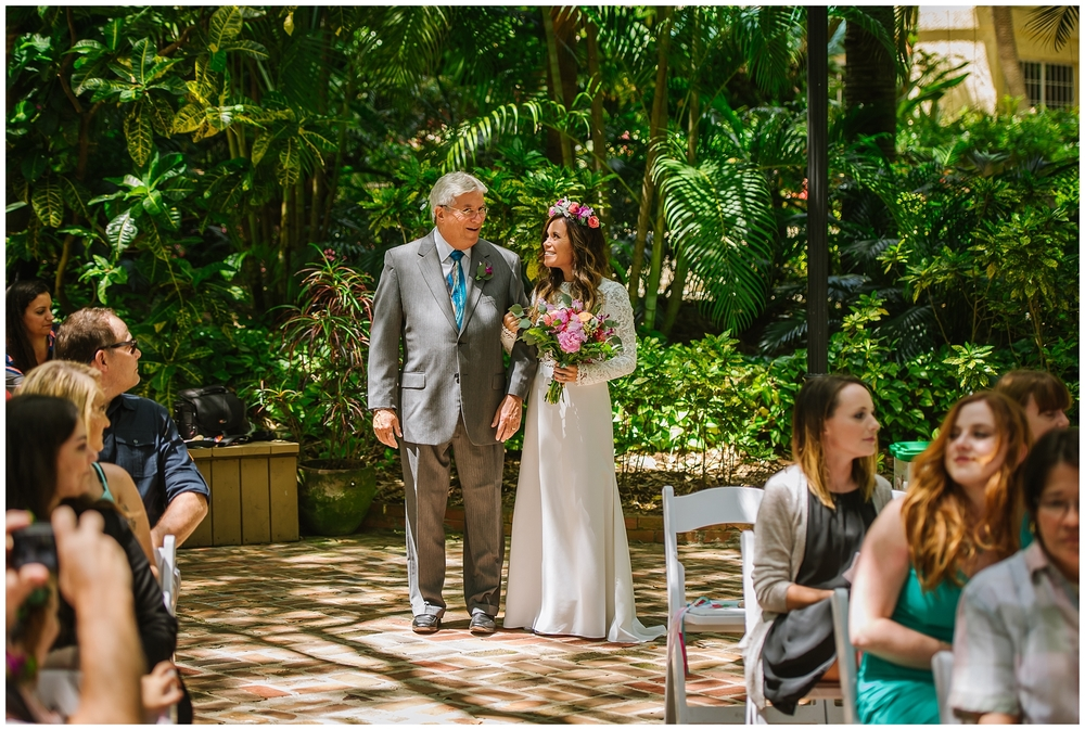 st-pete-wedding-photographer-flower-crown-sunken-gardens-post-card-inn_0030.jpg