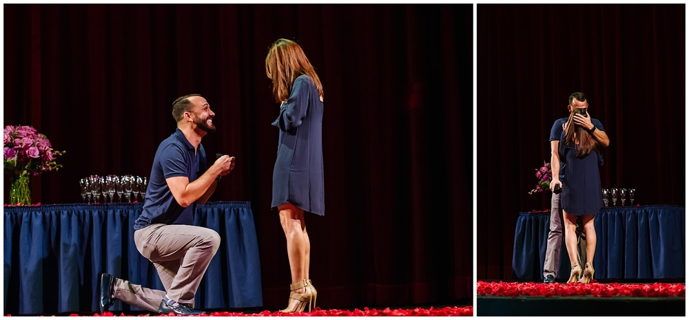 tampa-theater-romantic-surprise-proposal-red-roses-photographer_0009.jpg