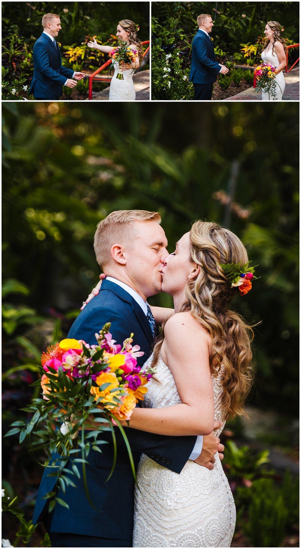 st-pete-wedding-photographer-post-card-inn-sunken-gardens-hawaiian-theme-dueling-pianos_0019.jpg